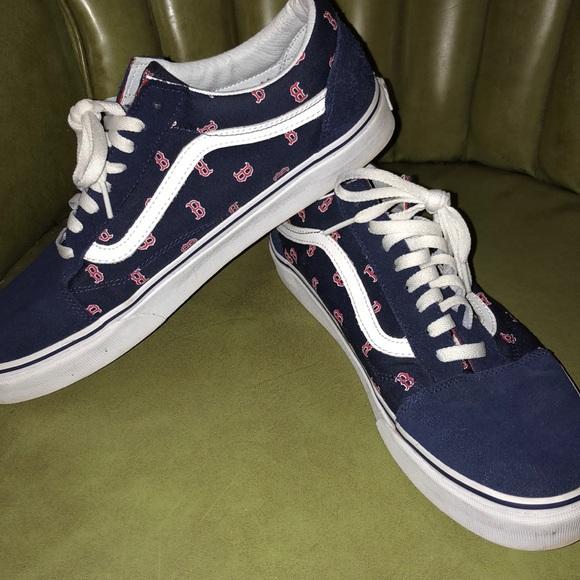 f568619e79092d ... Boston Red Sox. M 5bc557e503087cfdde04f0d1. Other Shoes you may like.  Men s vans pro classics
